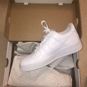 Women's Nike Air Force 1 '07